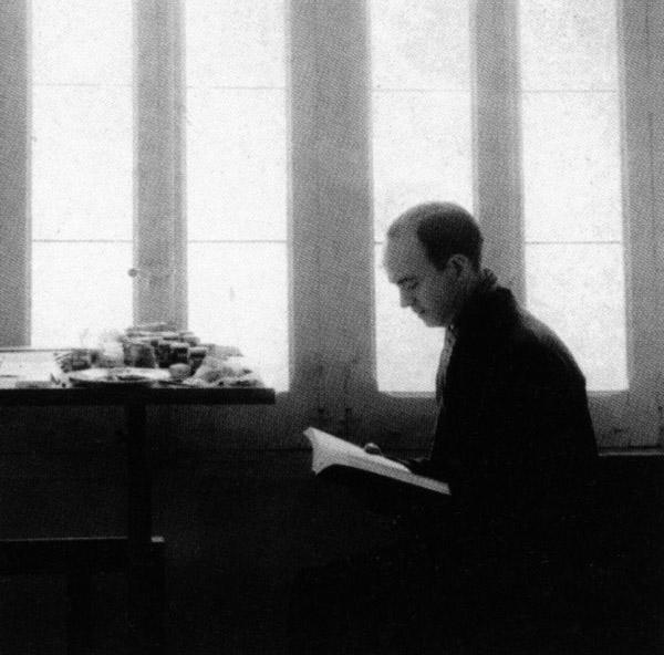 Eusebio Sempere en el estudio