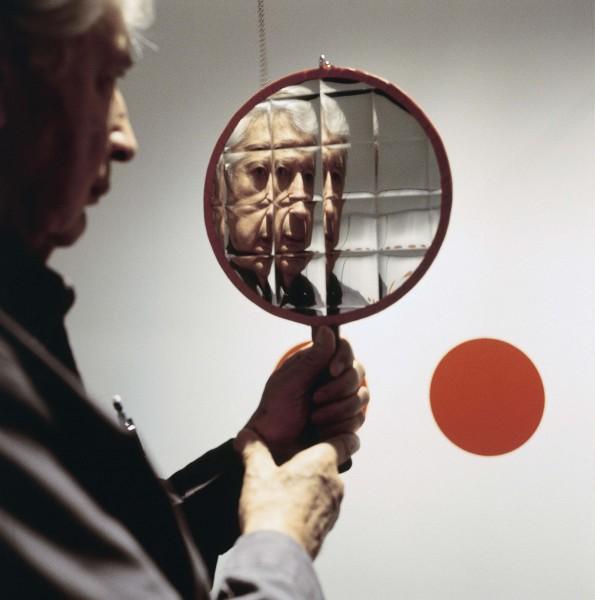 Julio-Le-Parc_4-doubles-miroirs_1966_Coleção-Daros-Latinamerica_Zurique_Foto-Adrian-Fritschi-595x600